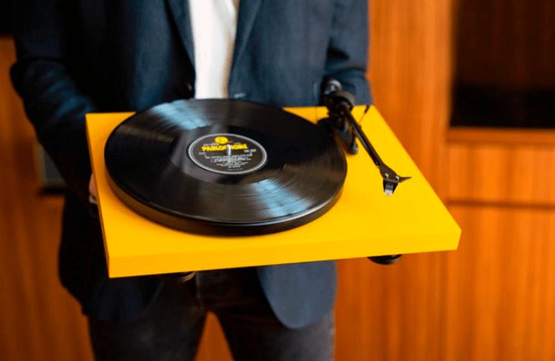 Какой проигрыватель виниловых пластинок купить?