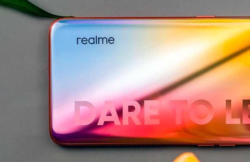 Realme X7 5G обзор