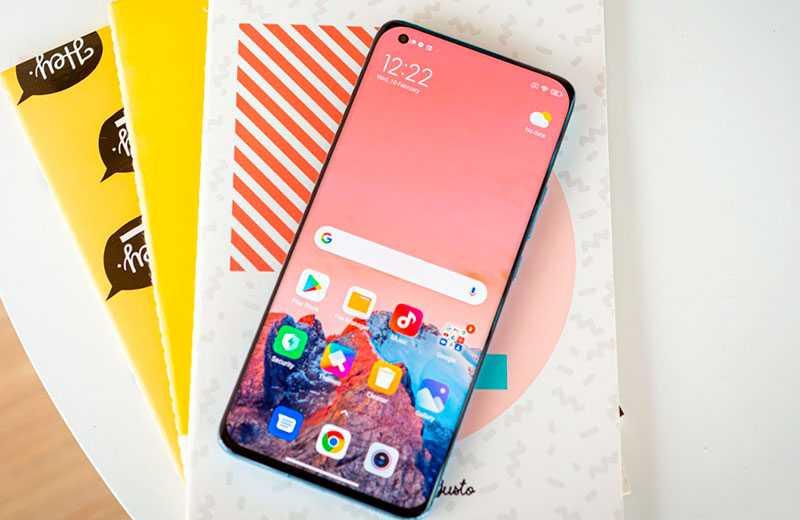 Xiaomi Mi 11 экран