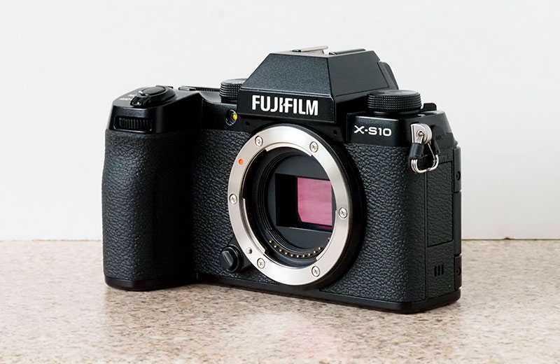 Fujifilm X-S10 особенности