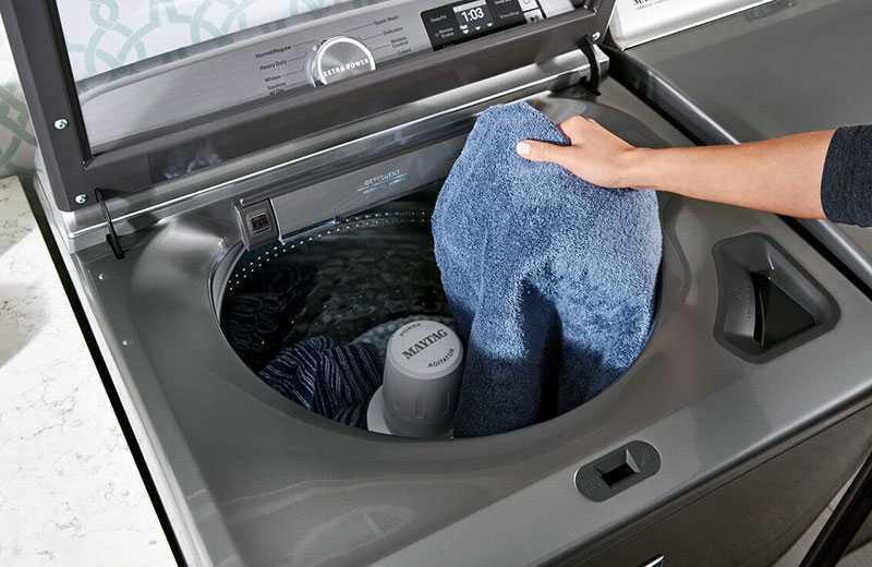 Какую стиральную машину выбрать: с вертикальной или фронтальной загрузкой?