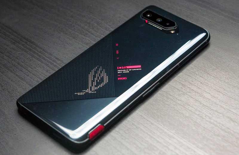 Дизайн Asus ROG Phone 5