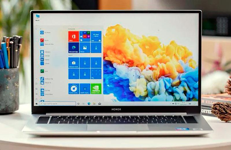 Экран Honor MagicBook Pro