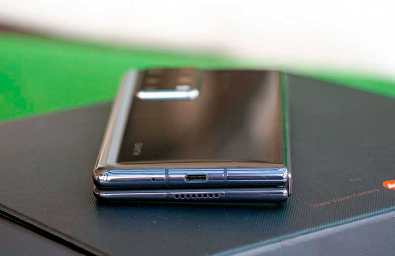 Huawei Mate X2 внешний вид