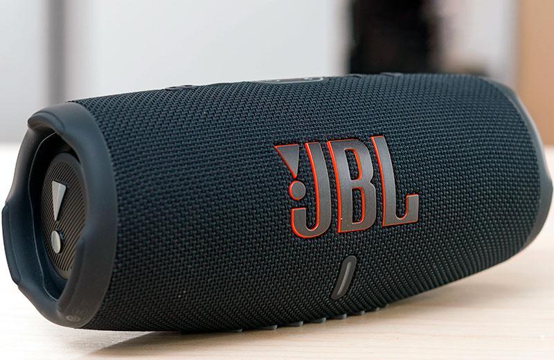 Обзор JBL Charge 5