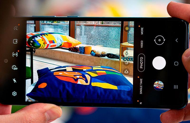 Съёмка на Samsung Galaxy A72