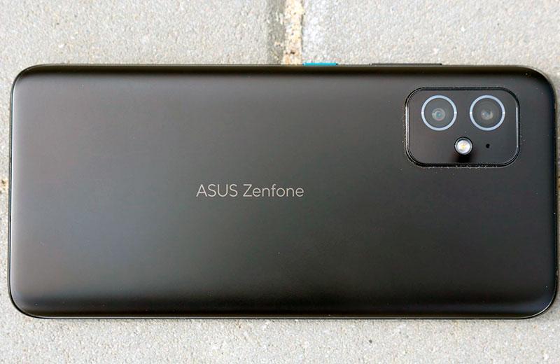 ASUS Zenfone 8 отзывы