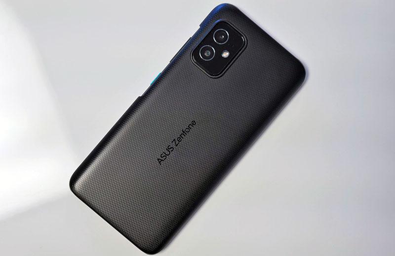 Телефон ASUS Zenfone 8
