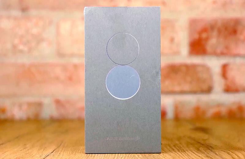ASUS Zenfone 8 коробка