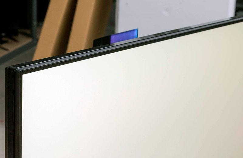 LG 27GN950 экран