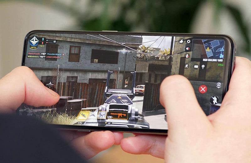 Realme GT 5G в играх