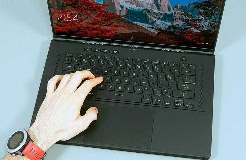 Ноутбук Asus ROG Zephyrus M16 на практике