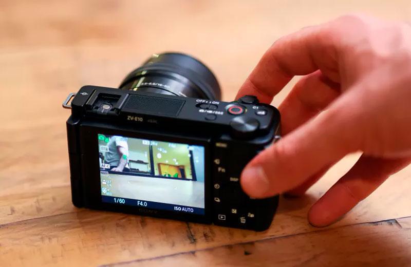 Sony ZV-E10 компакт камера