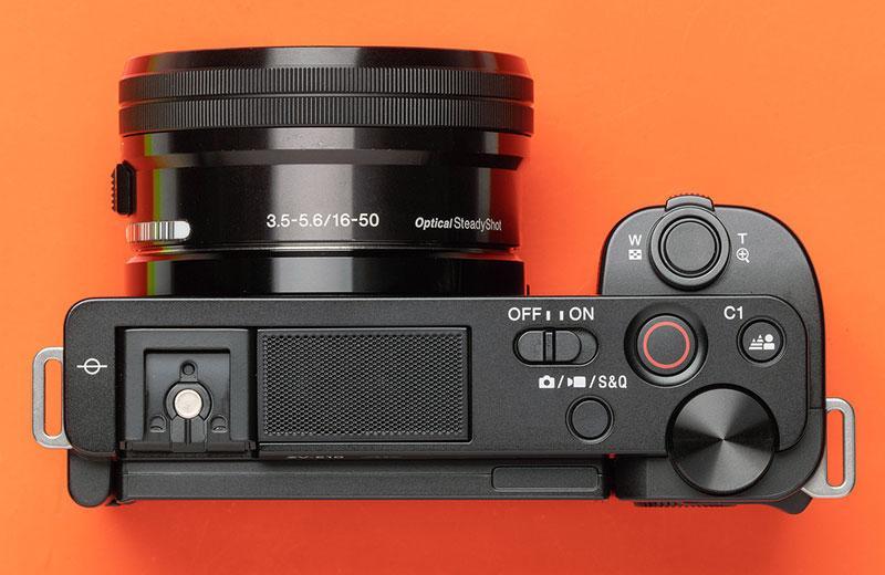 Sony ZV-E10 обзор
