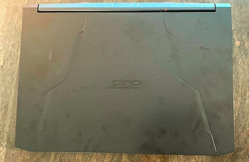 Дизайн Acer Nitro 5