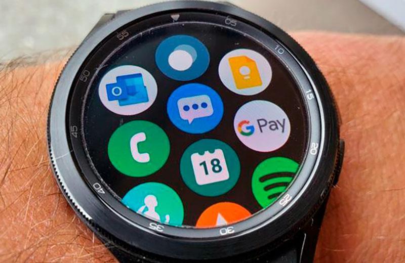 Интерфейс Samsung Galaxy Watch 4