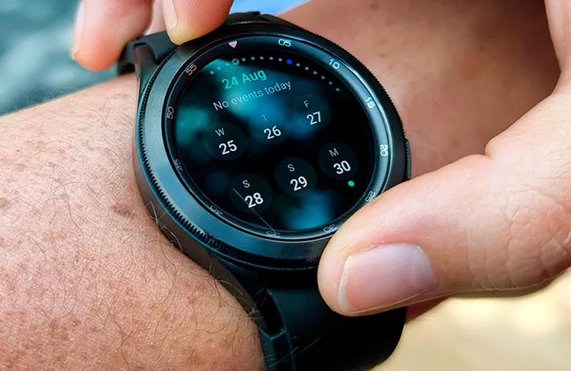 Умные часы Samsung Galaxy Watch 4 Classic