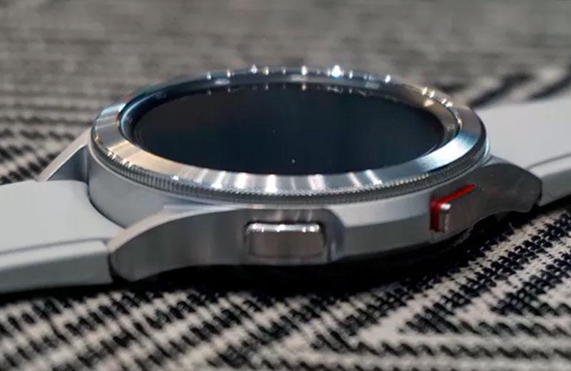 Часы Samsung Galaxy Watch 4
