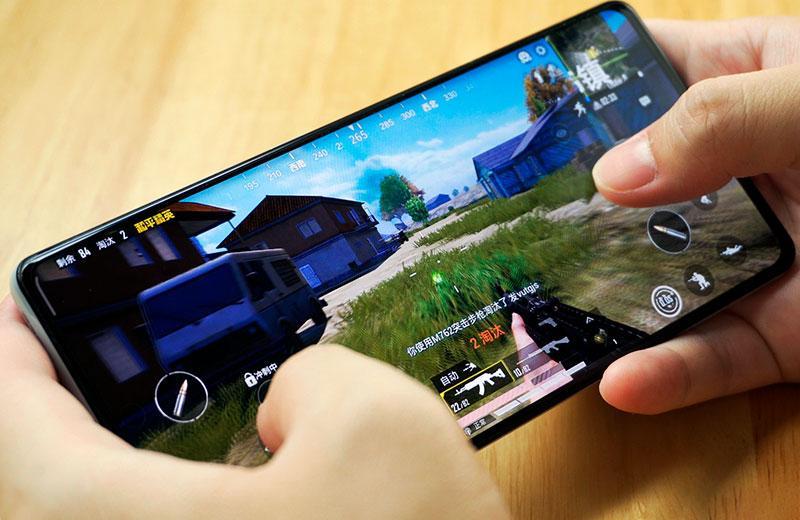 Xiaomi Mi MIX 4 в играх