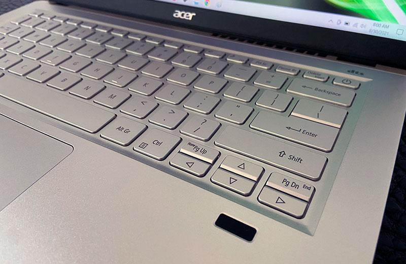 Acer Swift X сканер отпечатка