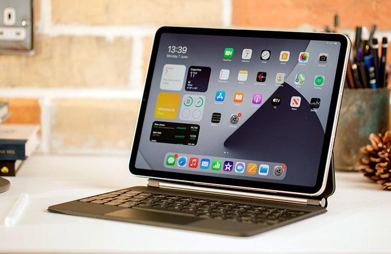 Планшет Apple iPad Pro 11 (2021)