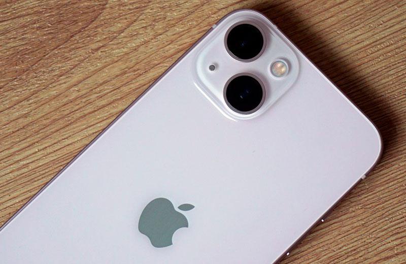 Apple iPhone 13 каера смартфона