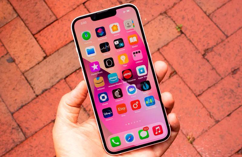 Apple iPhone 13 ОС