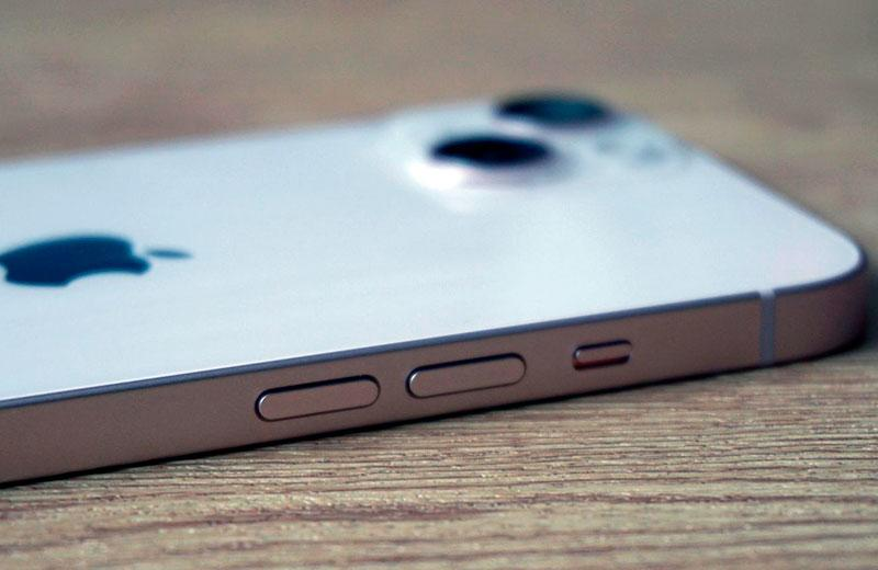 Apple iPhone 13 кнопки управления