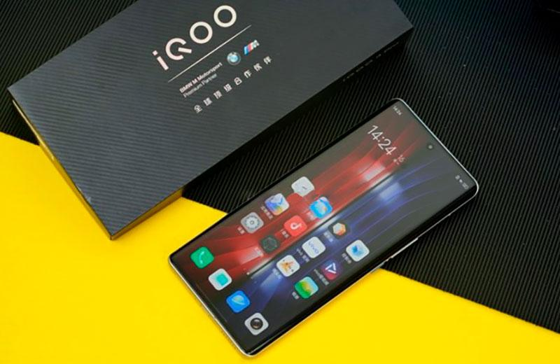 ОС iQOO 8 Pro