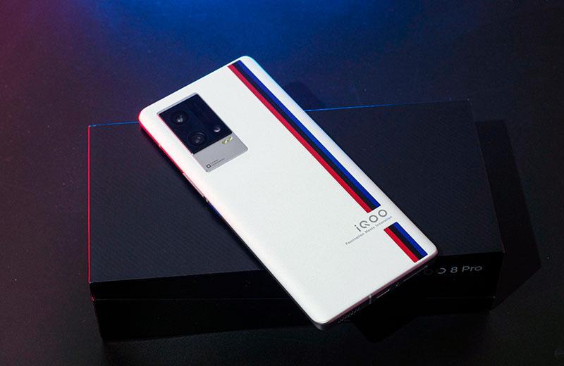 iQOO 8 Pro дизайн