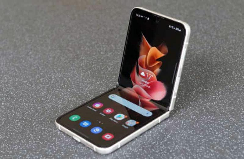 Samsung Galaxy Z Flip3 5G обзор